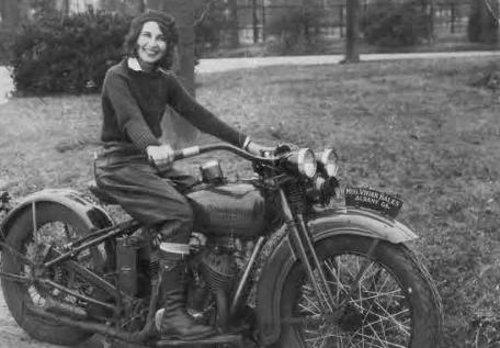 Bir Harley Meraklısı: Vivian Bales