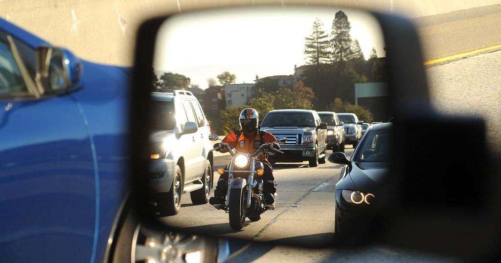 Motosiklet sürerken Farketmek ve Farkedilmek