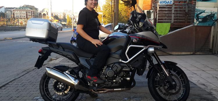Yüksek motosiklet ile başa çıkmak